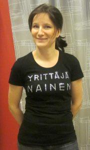Y-naisten T-paita